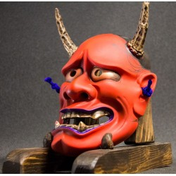 Hannya Evolution roja
