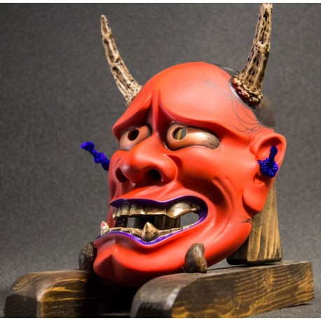Hannya Evolution red