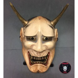 Hannya woodcarving